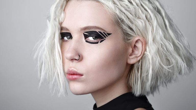 Black Graphic Eyeliner