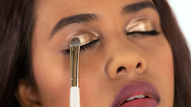 Everything You Need To Know About Foil Eyeshadow