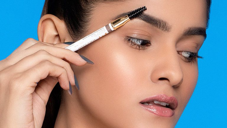 How to Get Perfect Eyebrows With MyGlamm's LIT Brow Definer Pencil