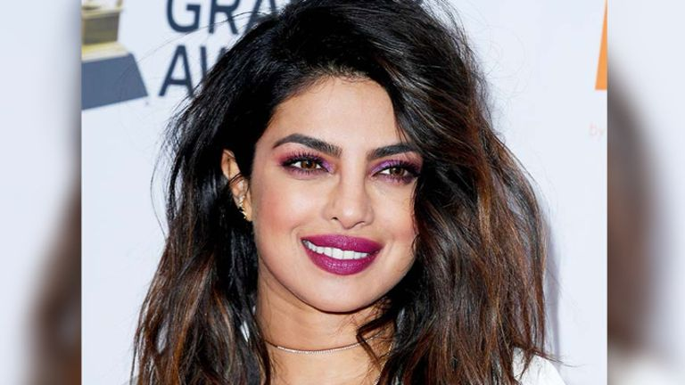 Priyanka Chopra Pink Eye Makeup
