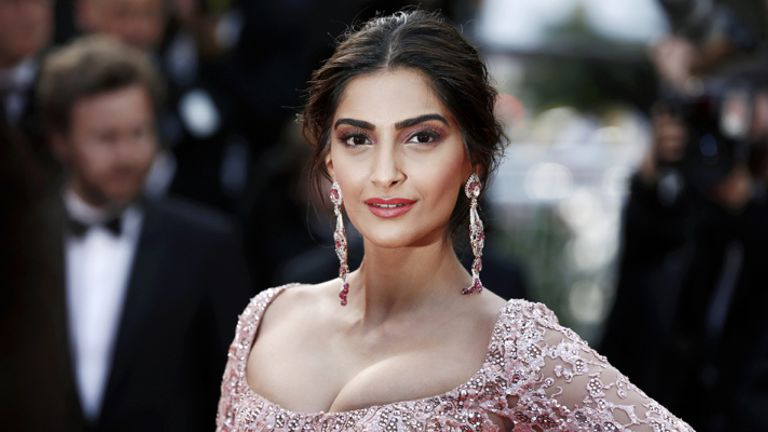 The Best Sonam Kapoor Looks Created By Namrata Soni