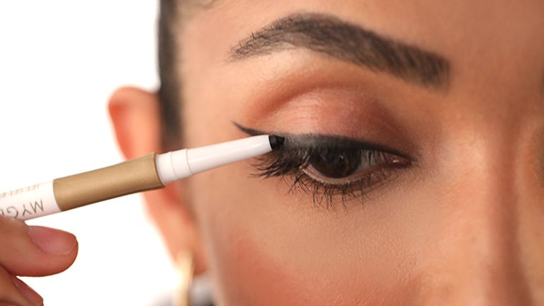 time-saving-eyeliner-tips-for-beginners