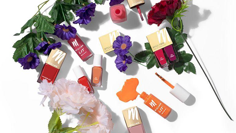 trendy-spring-summer-nail-shades