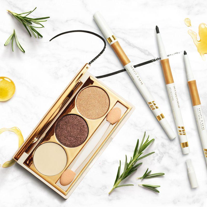 Makeup Kit - Kajal & Eyeliner With Eye Primer, Highlighter & Eyeshadow Palette