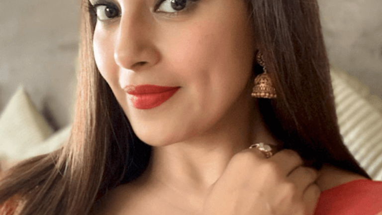 5 Durga Puja Makeup Looks To Get You In The Festive Mood This Year