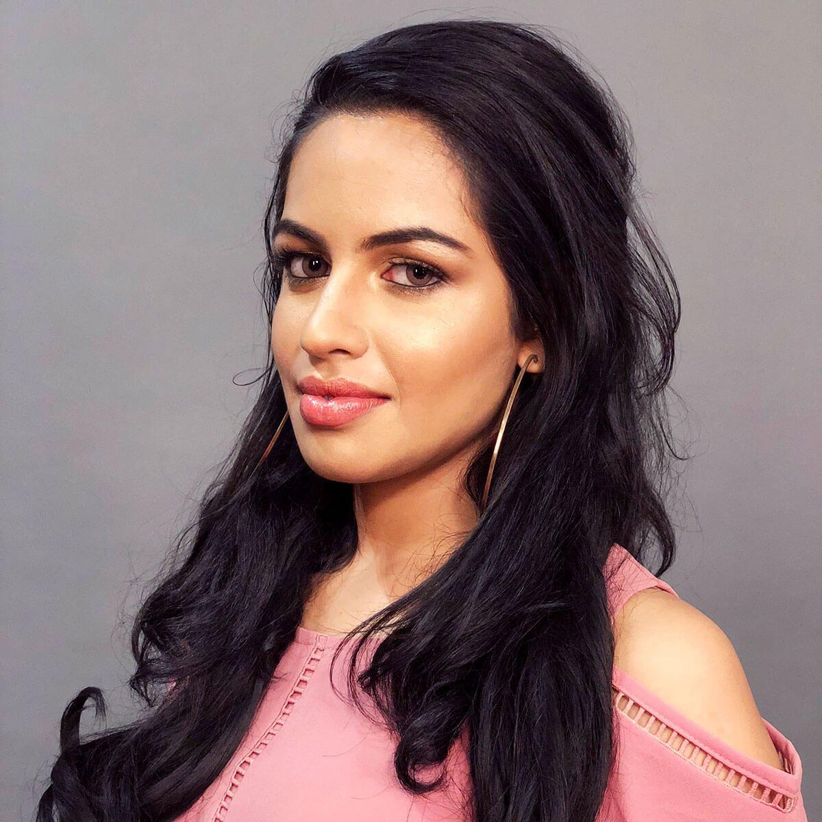 Shakshi Shetty's Contouring Makeup Look