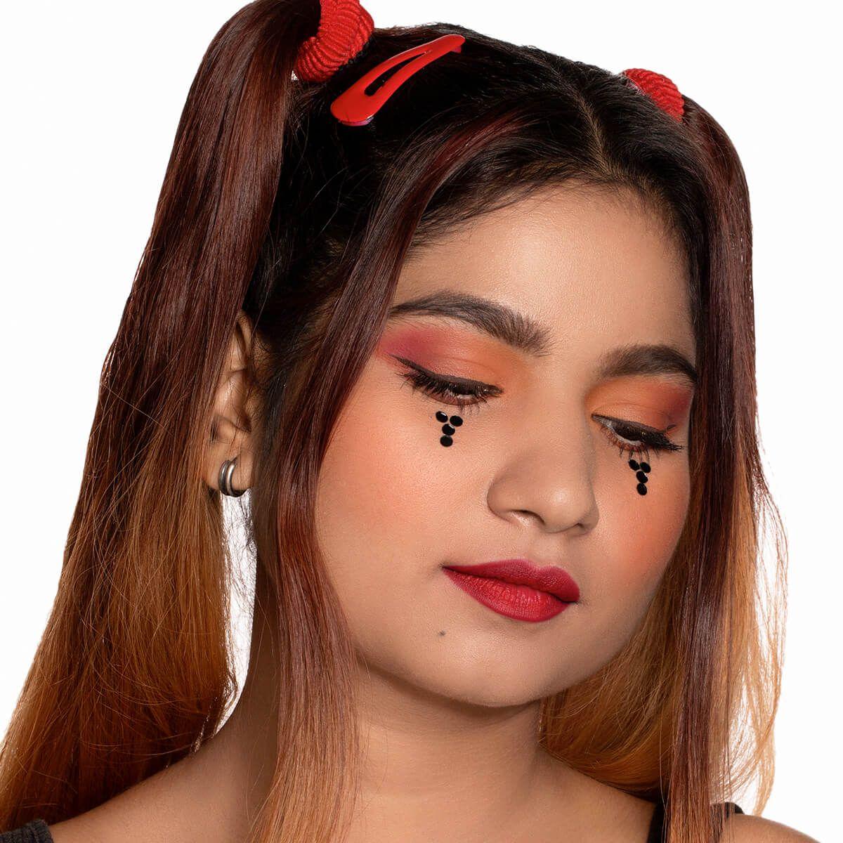E-Girl's makeup look