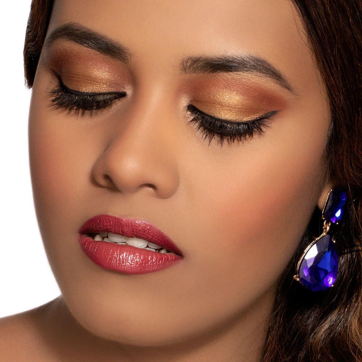 Jasmine Makeup Look